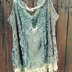 Young Essence- boho style sleeveless top. L